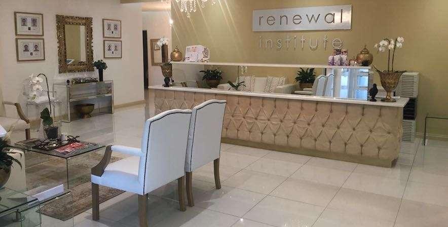 Sleep Renewal Stellenbosch waiting area die boord